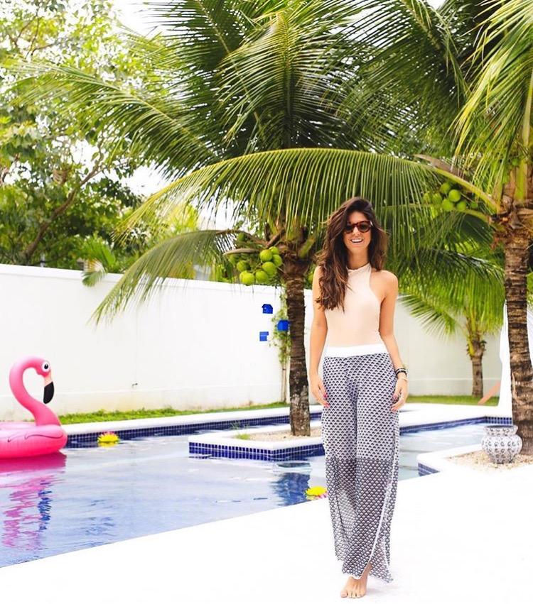 Luiza Sobral Summer look praia piscina Fhits