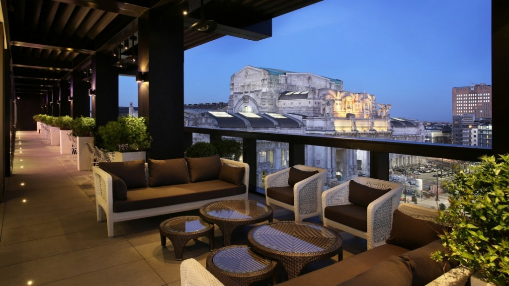 Rooftop-Bar-Terrazza-Gallia-Excelsior-Hotel-Milan