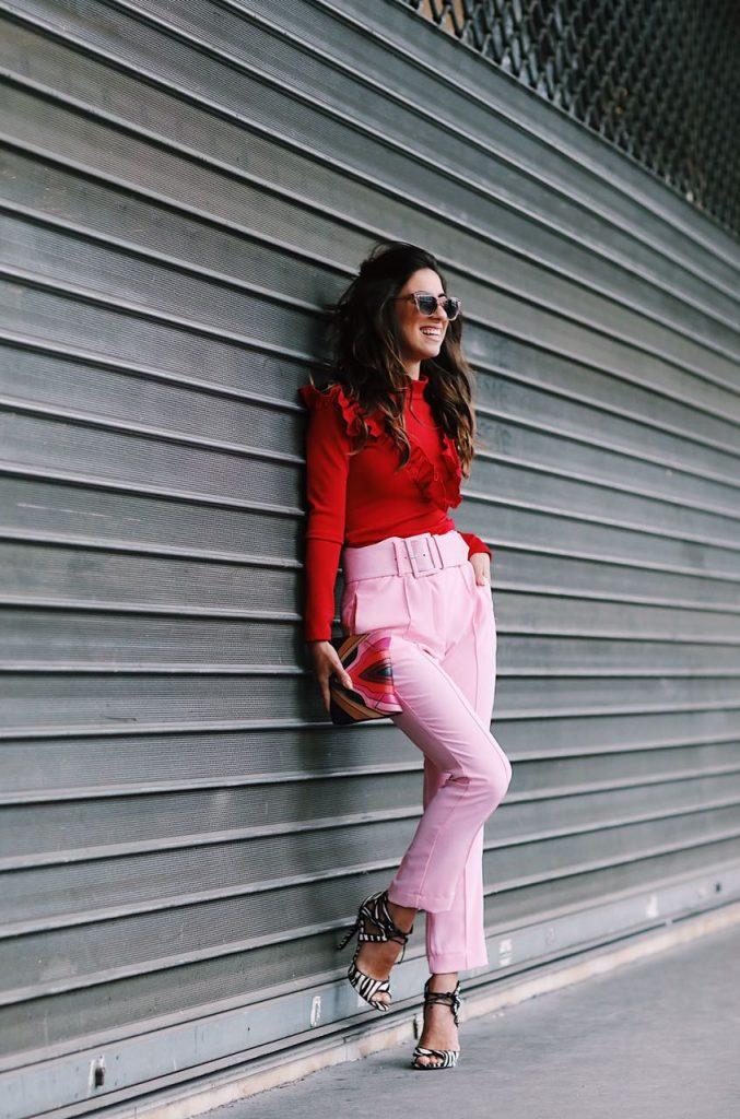 look-calça-rosa